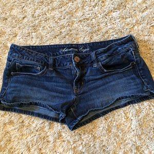American Eagle - size 8 - Stretch - Jean shorts